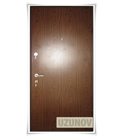 Метална врата с 2брави модел2