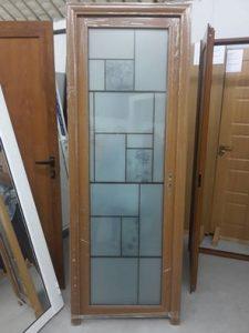 алуминиева стъклена врата с мотиви