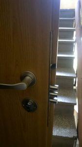 здрава брава за входна метална врата